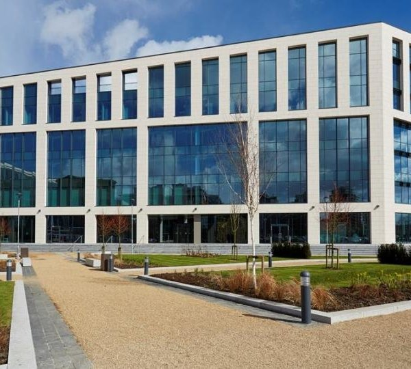 6 Wellington Place crowned Commercial Property of the Year at RICS Awards