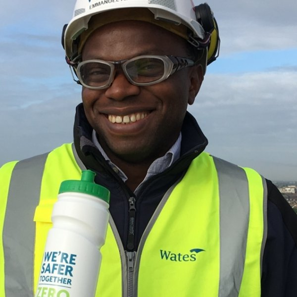 Wates Residential swaps single-use plastic cups for reusable bottles to help the Blue Planet