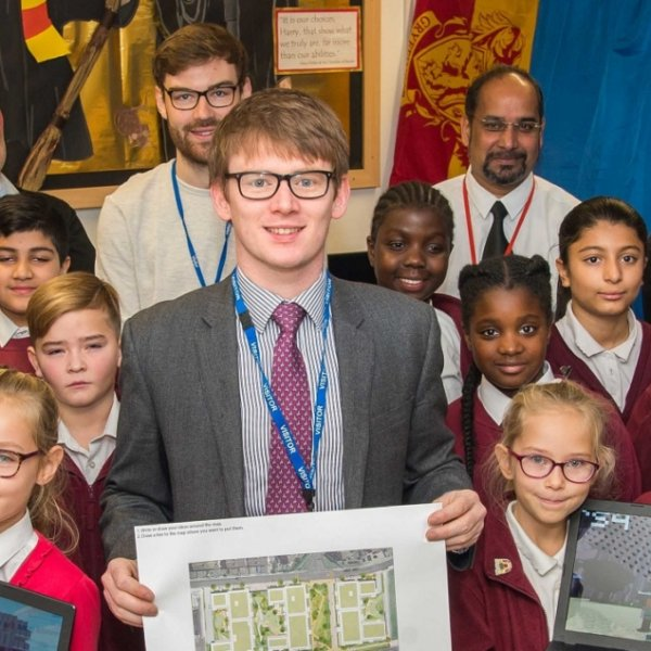 Minecraft fans use gaming skills to help design Havering, one of Londons biggest regeneration projects