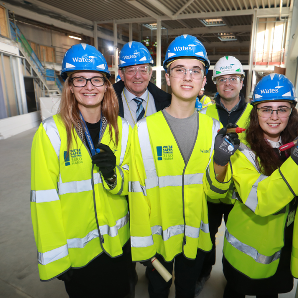 Wates celebrates completion of Maghull High School with students