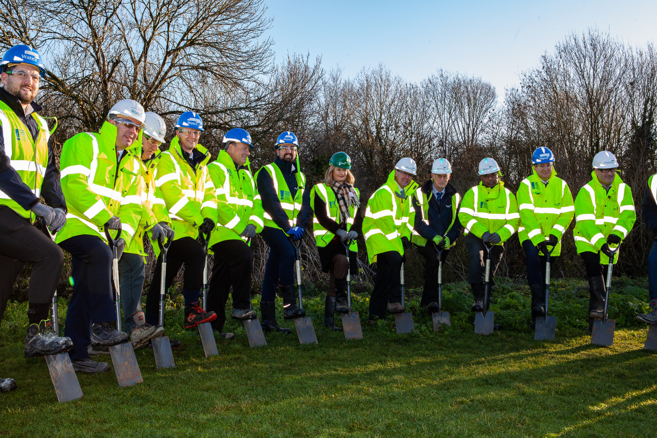 braywick park leisure centre construction carbon offsetting