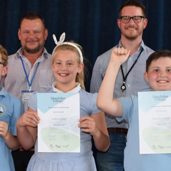 Primary school pupils win in Daedalus naming competition