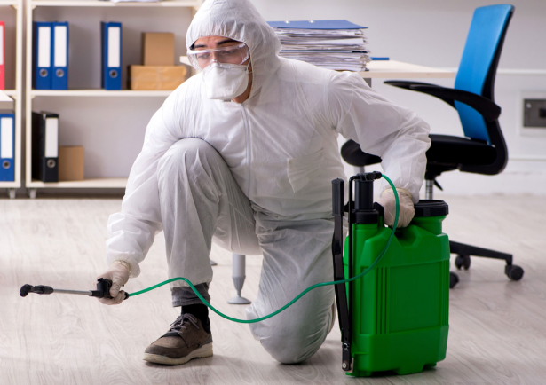 Wates Facilities Management - Eliminating viruses with electrostatic deep cleaning