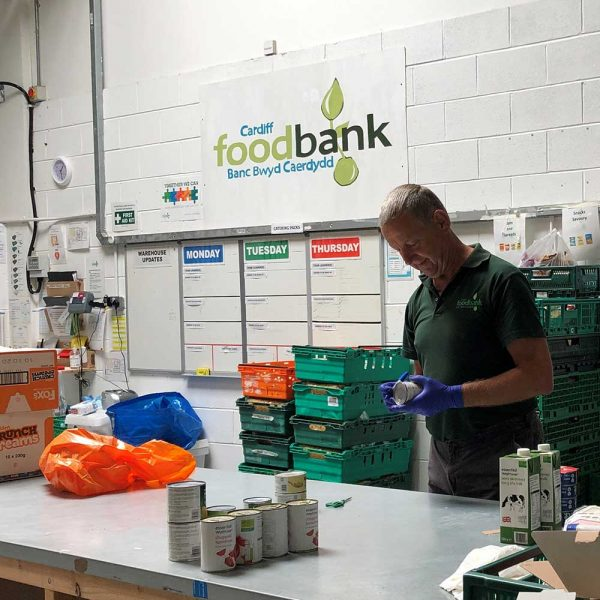 Cardiff Foodbank to benefit from £5,000 Wates Giving grant